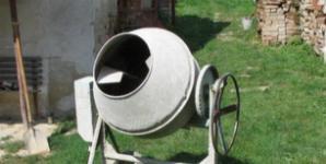 Stavební míchačka na beton