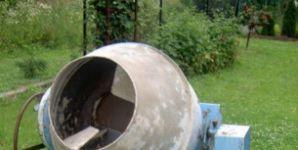 Levná stavební míchačka za 2 500 Kč