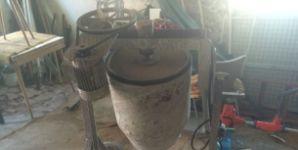 Stavební míchačka na zakázku na prodej (2500 Kč)