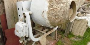 Použitá míchačka 380V, 1,1kW, 125l, vč. kabelu na prodej (Ústí nad Labem)